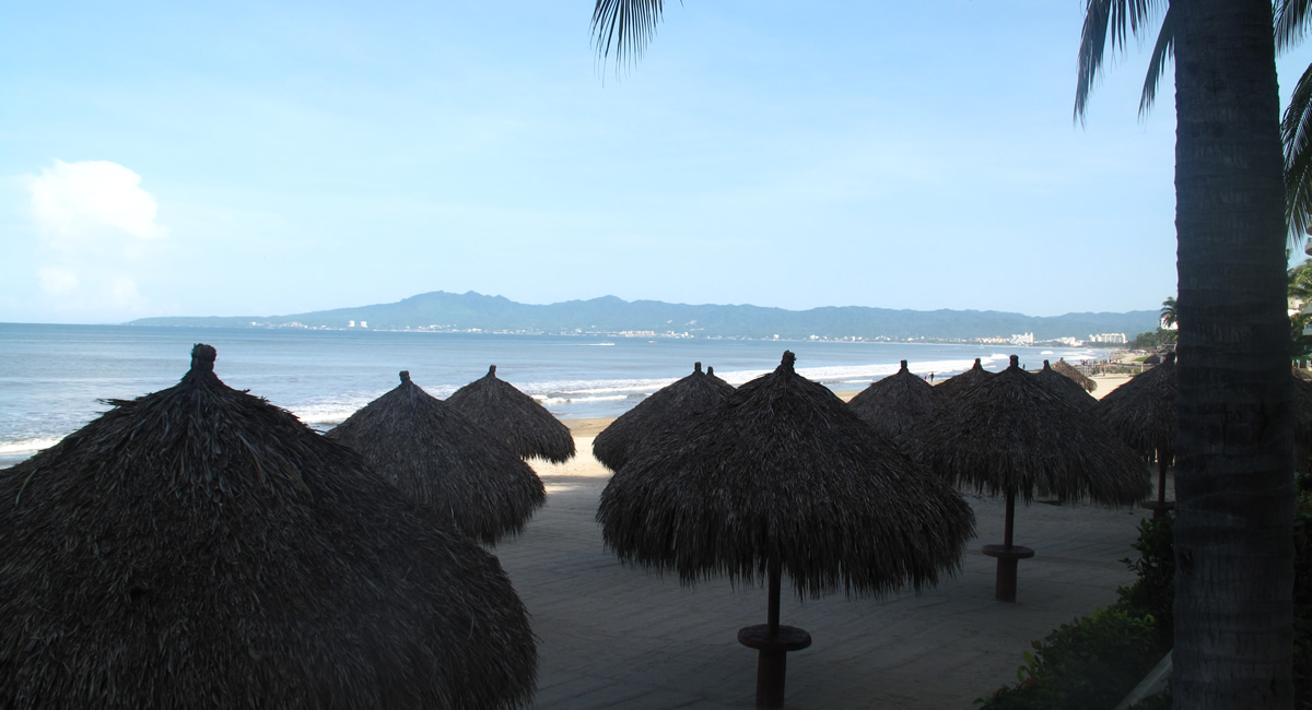 Palapas Condominio Playa Royale en Nuevo Vallarta